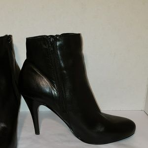 "Nine West Shoes - Nine west size 11 black leather booties 4"" heel"